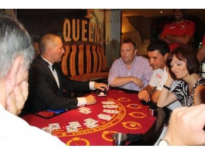 Karol pokeri 2 lataa ilmaiseksix